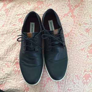 Men's navy blue leather Ben Sherman sneakers